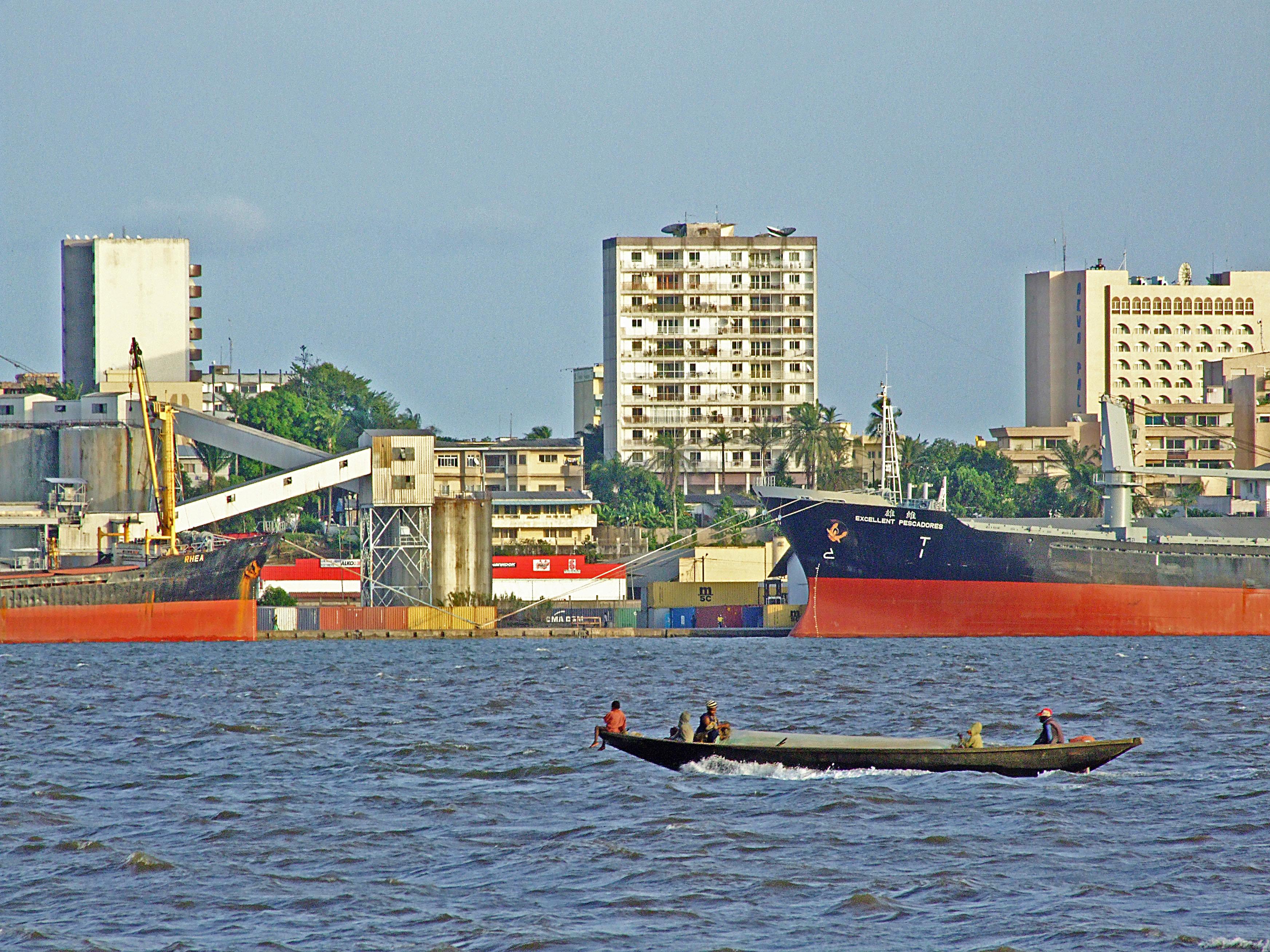 Der Hafen von Douala