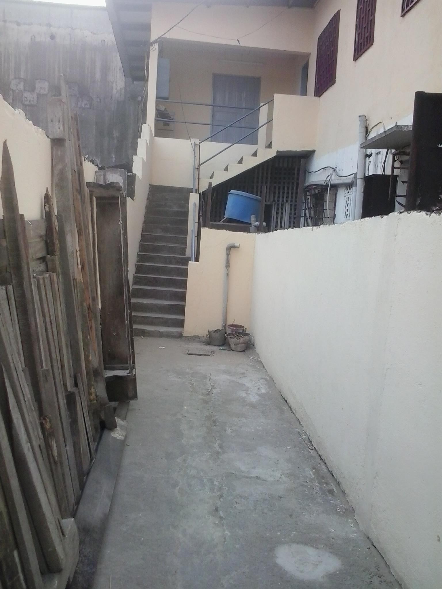 Der Eingang zur Schneiderwerkstatt nach der Sanierung